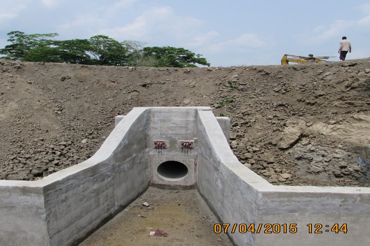 CONSTRUCTION OF NEW PIPE INLET WORK IS GOING ON UNDER BWDB, ECRRP-19, BARGUNA._750x500