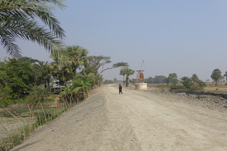 EARTH WORK IN RESECTIONING EMBANKMENT COMPLETED UNDER BWDB, ECRRP-19, PATUAKHALI_750x500